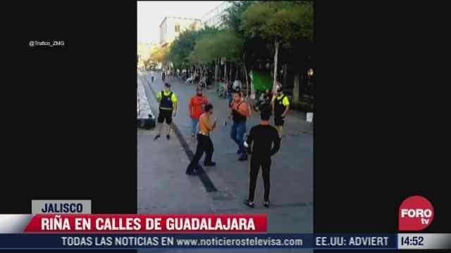 detienen a dos sujetos por pelea en el centro de guadalajara
