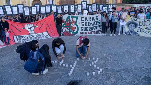 Gobierno de México revela documentos relacionados a caso Ayotzinapa.