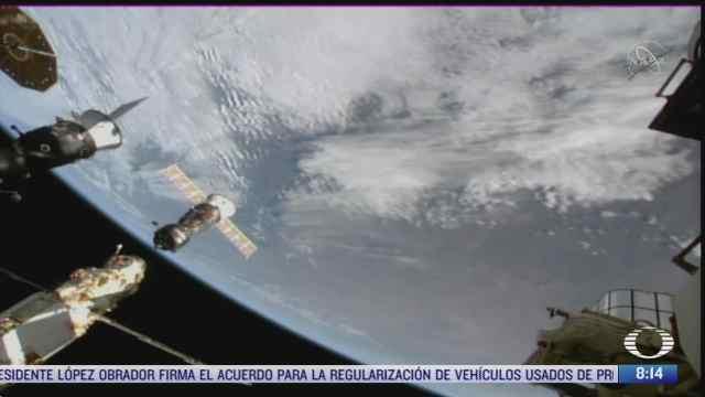 primera expedicion cinematografica espacial regresa a la tierra