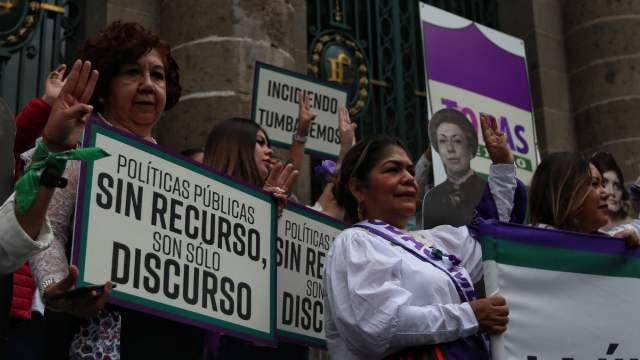 Feministas lanzan fuerza política Todas México por la violencia