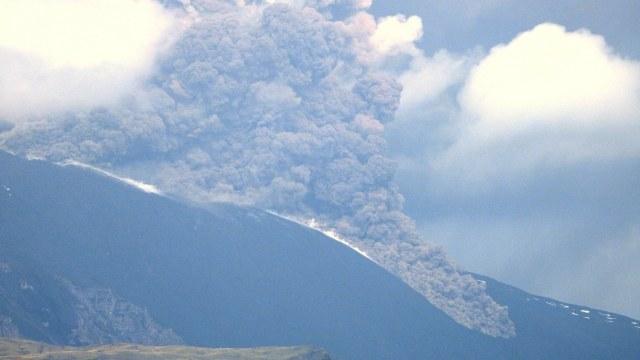 El volcán Etna registra nueva erupción en su cráter sureste