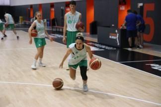 marina lizazu en el valencia basket