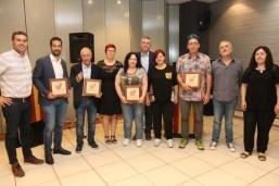 Carles Cortés rep el Premi Agermanats País Valencià a la UA en la IX edició dels Premis Agermanats que convoca Compromís Alcoià-Comtat-Foies