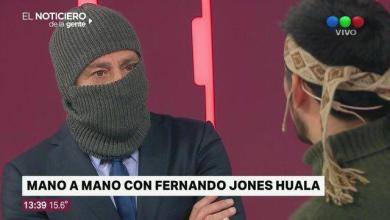 Photo of Nico Repetto entrevistó al hermano de Jones Huala encapuchado y las redes lo defenestraron