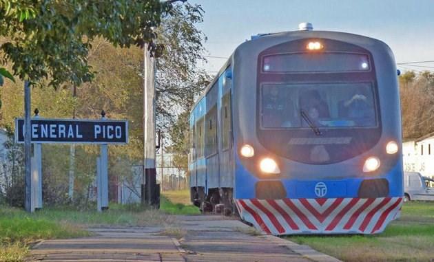 Photo of COMO EN LOS 90′: cerrarán histórico ramal ferroviario y despedirán a todos sus trabajadores