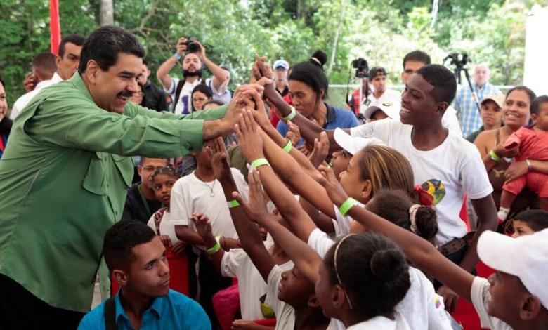 Photo of Venezuela lleva adelante su tercera elección del año y el chavismo sigue ganando terreno