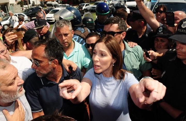 Photo of Vidal dejó en la calle a 200 familias vía e-mail