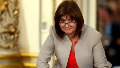 Photo of Patricia Bullrich: «Macri no puede viajar más en vuelos comerciales»