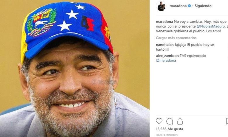 Maradona se refirió al Golpe de Estado en Venezuela. Mientras EEUU avanza con su tentativa de instalar un gobierno títere en el país caribeño, con el apoyo de mandatarios subordinados como Mauricio Macri y Jair Bolsonaro, el astro del fútbol subió un mensaje en redes sociales al respecto.
