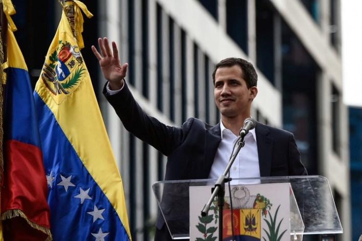 Argentina avalará el Golpe de Estado impulsado por los EEUU en Venezuela. Siempre complaciente al mandato del imperio yankee, el gobierno de Cambiemos reconoció a Juan Guaidó como el nuevo presidente de Venezuela
