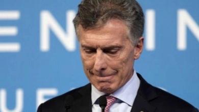 El niño de apenas trece meses, ahijado del impopular presidente neoliberal argentino, Mauricio Macri, fue atropellado por un vehículo municipal en la localidad de Sebastián Elcano, en el norte de Córdoba, y está en grave estado.