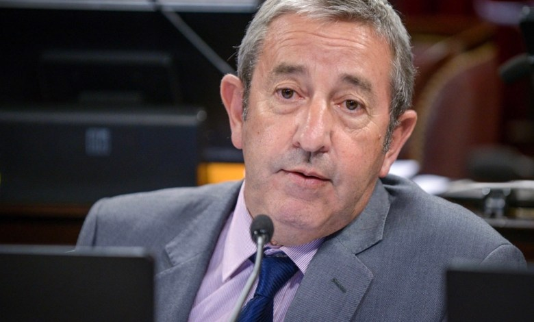 """Photo of Julio Cobos: """"Si estas medidas no funcionan, no va a haber otra alternativa que el control de cambios"""""""