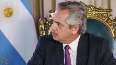 Photo of ¿Qué le respondieron las empresas a Alberto por su pedido de fútbol gratis?