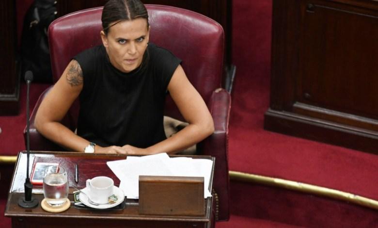 Photo of Denuncian penalmente a la lista de Amalia Granata por quedarse con plata de los asesores