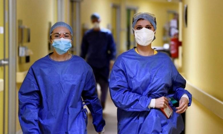 Photo of Hospital argentino le reducirá los sueldos a los médicos en plena pandemia