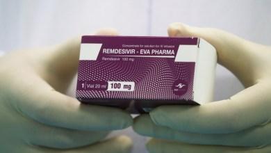 Photo of La Agencia Europea del Medicamento aprueba el primer fármaco para tratar el coronavirus
