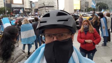 Photo of Denuncian penalmente a manifestantes del banderazo y al Gobierno porteño