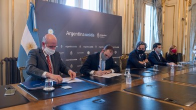 "Photo of Guzmán, ministro de Economía: ""Hemos manejado la crisis"" por el coronavirus"