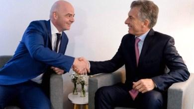 Photo of ¿Se complica la posición de Macri en la FIFA tras el nuevo escándalo de corrupción?
