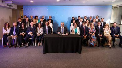 Photo of Se confirmó el primer ministro del Gobierno nacional con coronavirus