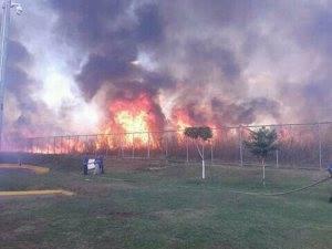 Fuerte quema de maleza provocó pánico en el Sector conocido como El Chorizo