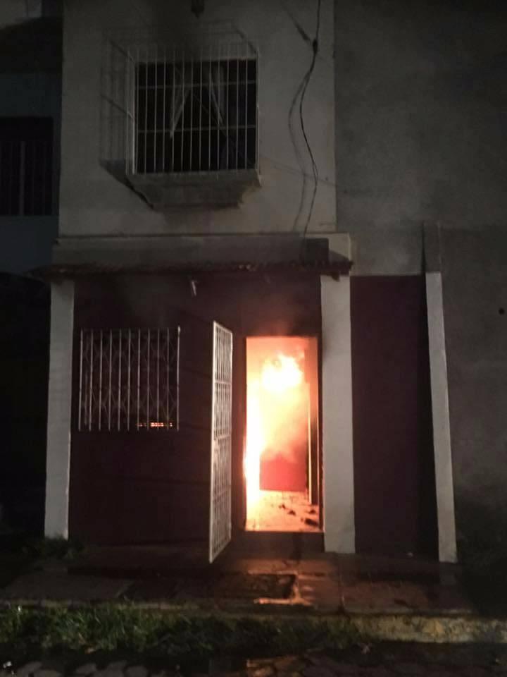 Cuatro casas afectadas por incendio esta madrugada en León