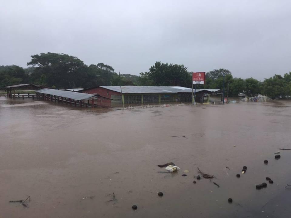 Oficial 15 muertos en Nicaragua producto de la Tormenta Nate.