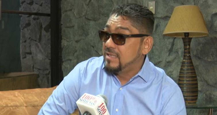 Álvaro Montalván denunció persecución