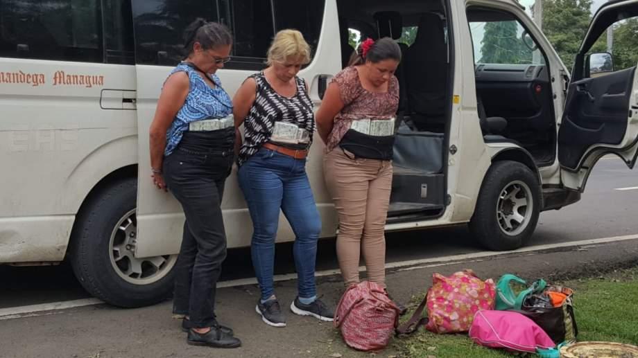 Tres mujeres detenidas por trasladar marihuana