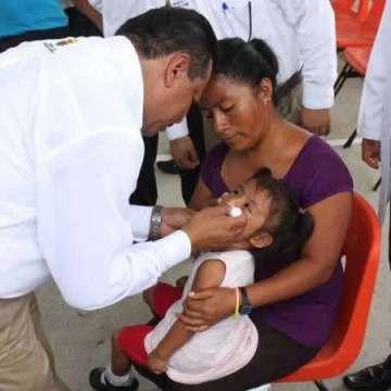 En Chiapas: dos niños muertos y 15 graves por aplicación de una vacuna del IMSS