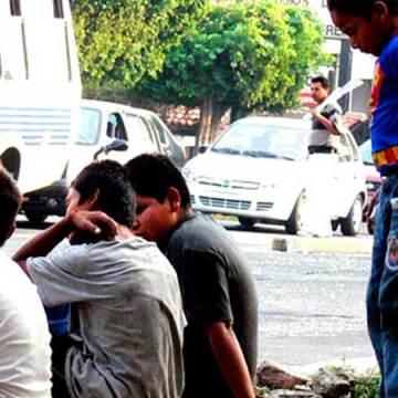 La drogadicción y la delincuencia, consecuencias que pueden pagar los niños o jóvenes que viven en la calle
