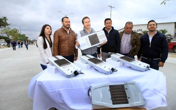 Gobierno de Chiapas moderniza sistema de alumbrado público