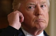 Acusa Trump a exabogado de mentiroso; niega delitos