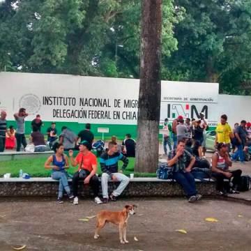 Se amparan cubanos para evitar deportación