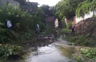 Ejecuta Fernando Castellanos acciones de limpieza y desazolve del río Sabinal ante temporada de lluvias en Tuxtla