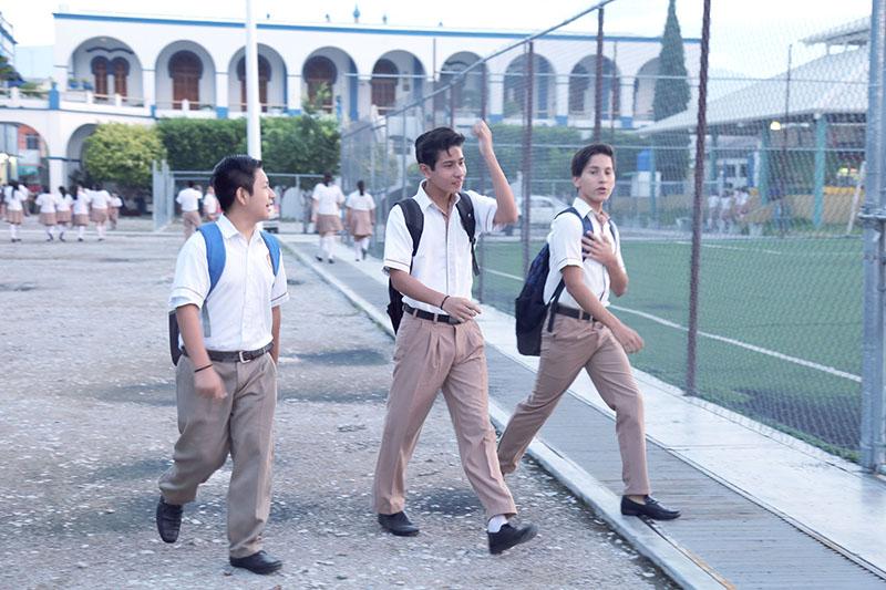 Chiapas, aplica con éxito examen de admisión a secundaria