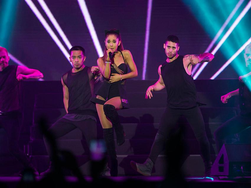Ariana Grande cancela conciertos en Monterrey