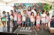 Fernando Castellanos y Martha Muñoz iniciaron entrega de kits escolares en colonias de Tuxtla Gutiérrez