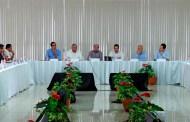 Gobierno del estado conmina a funcionarios públicos a trabajar sin distracciones