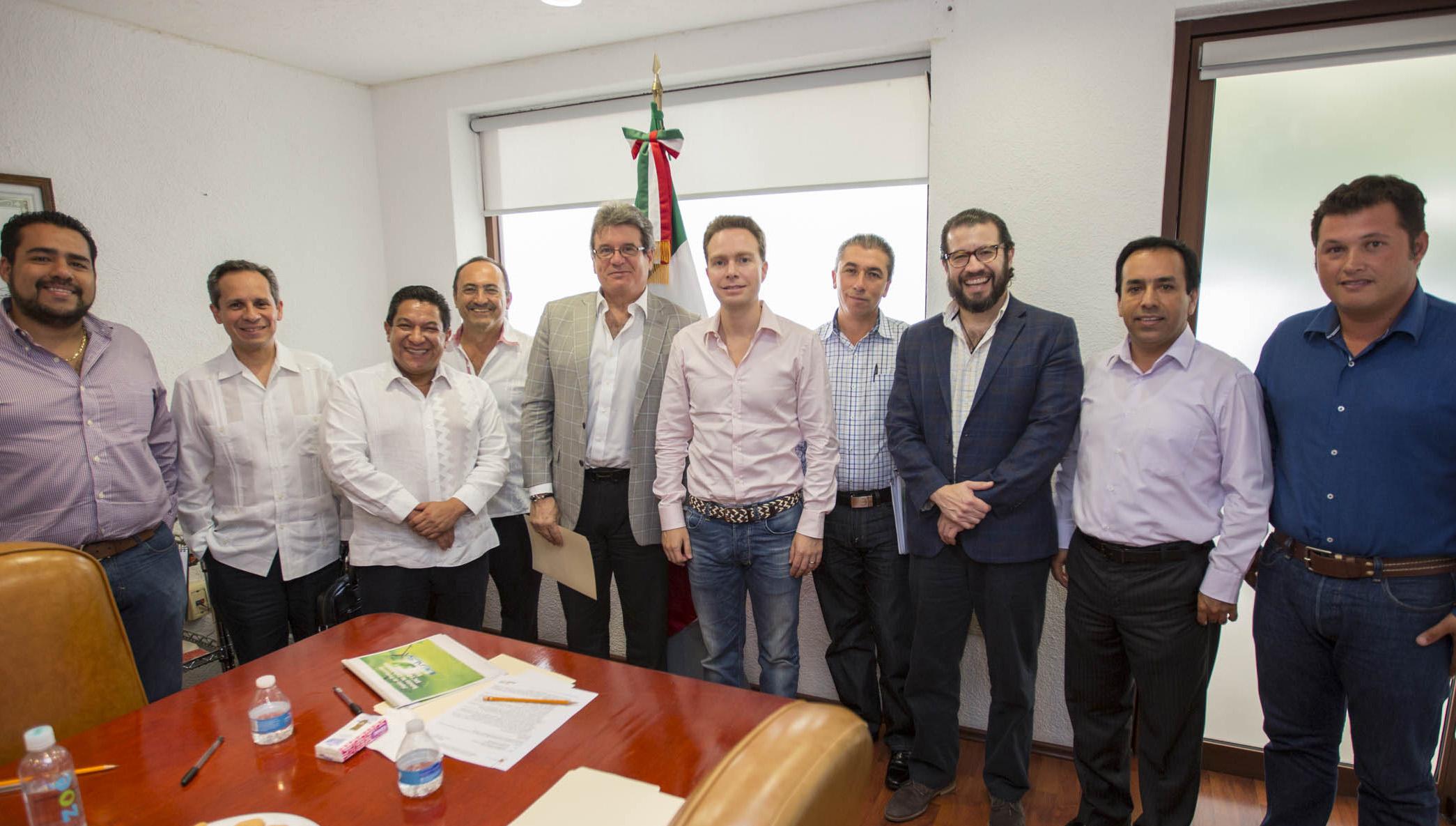 Busca MVC inversión de mil 400 mdp en planta de aceite de palma