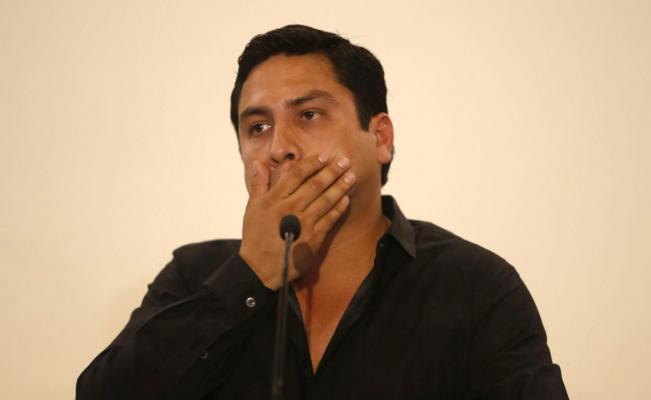 Bajan el switch a página web de Julión Álvarez