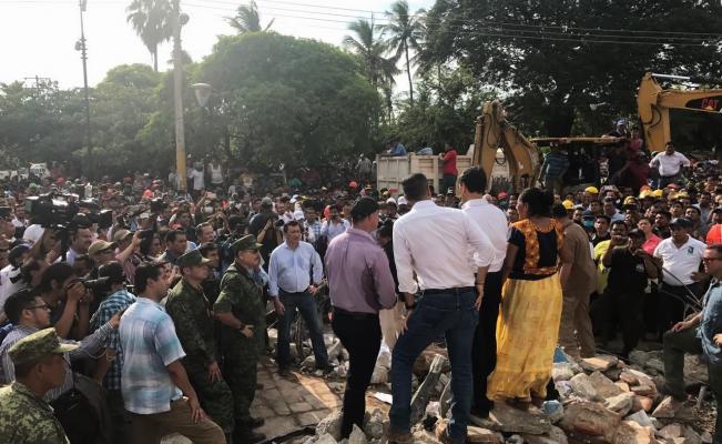 Declara Peña Nieto luto nacional por fallecidos en el sismo