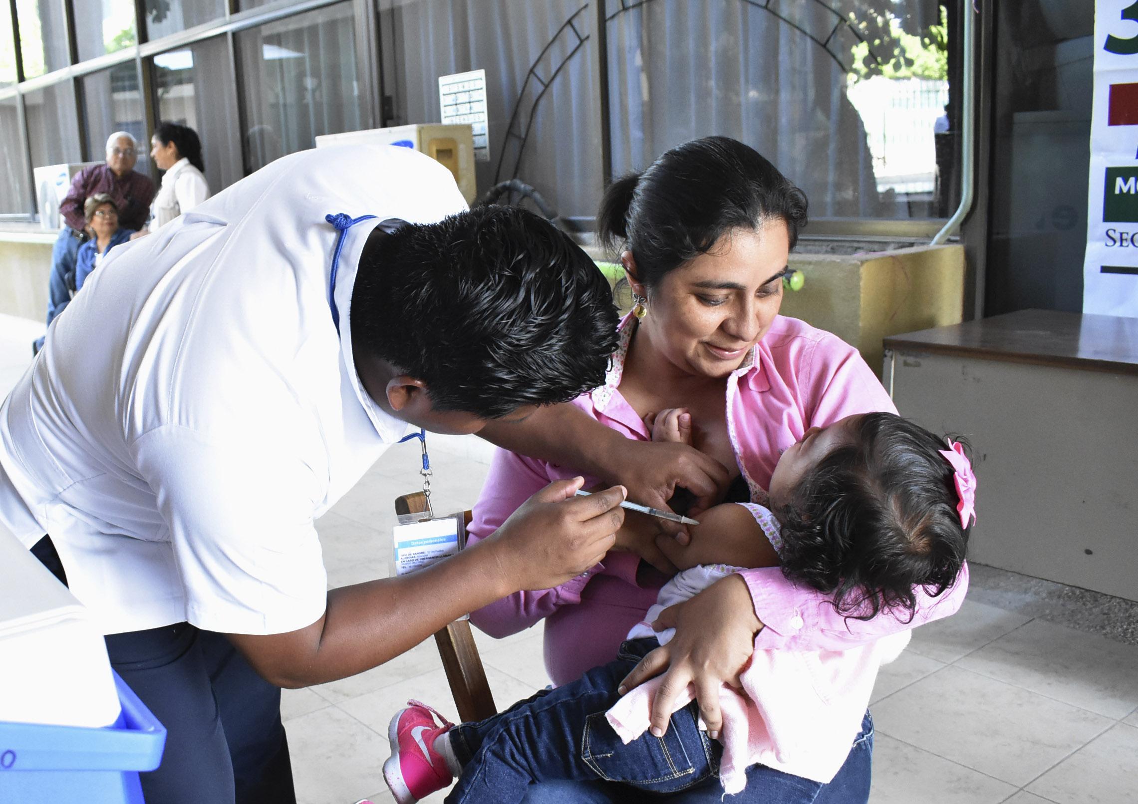 Secretaría de Salud exhorta a la población a vacunarse contra la influenza