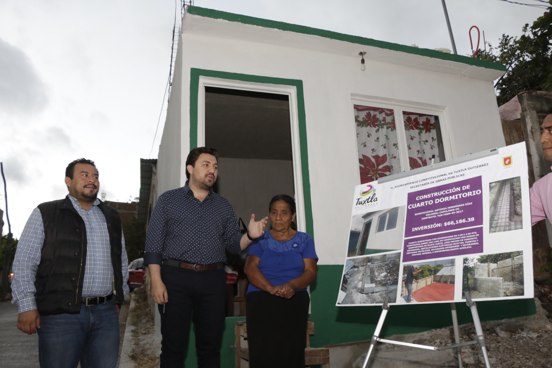 Entrega Fernando Castellanos cuartos dormitorios para fortalecer el combate al hacinamiento en Tuxtla