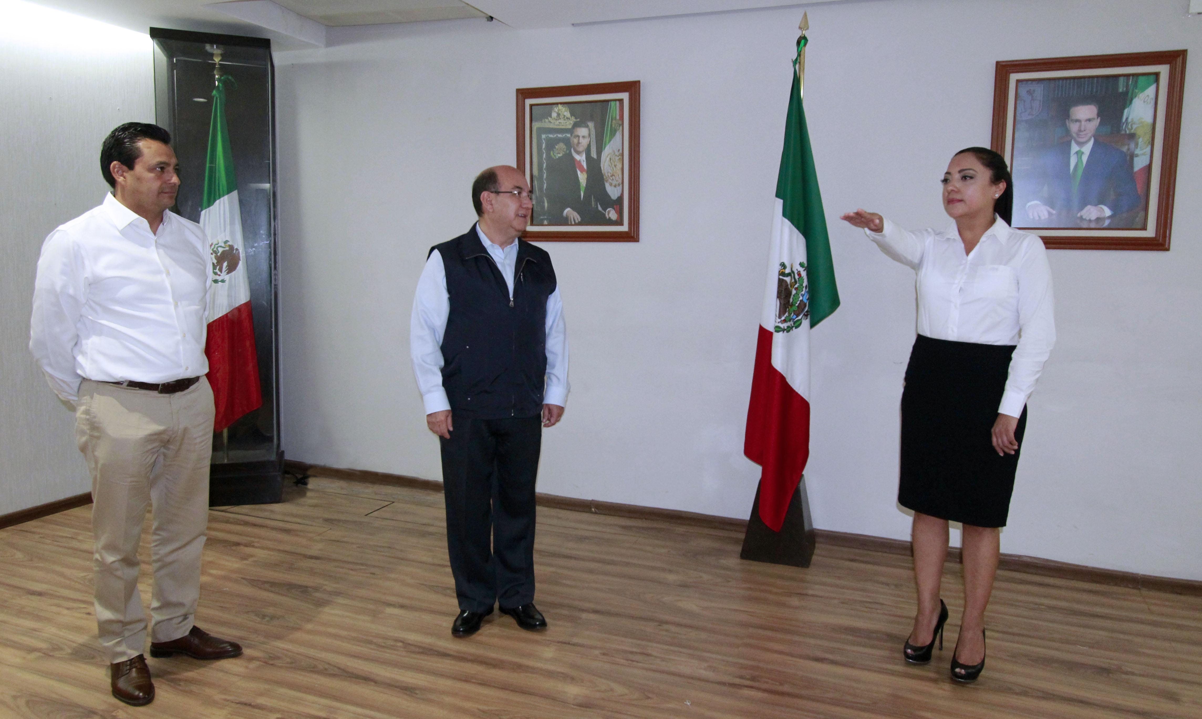 Nombra Gobernador Manuel Velasco Directora General del INIFECH