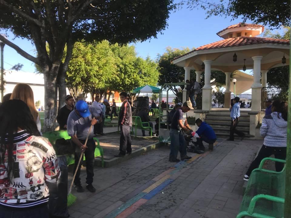 """Cobach presente en campaña """"Limpiemos nuestro México"""""""