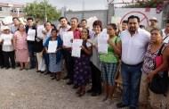 Brinda Fernando Castellanos certeza jurídica sobre la propiedad de familias tuxtlecas