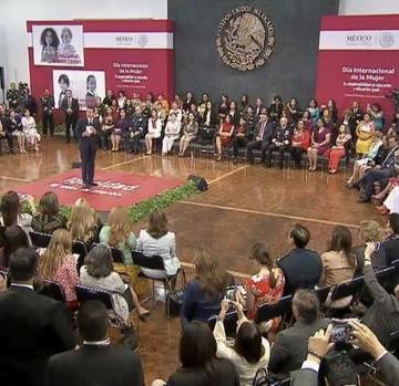 Agenda a favor de la mujer impulsa el empoderamiento: Peña Nieto
