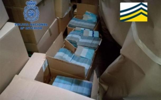Desmantelan compañía que vendía leche infantil falsificada en todo el mundo