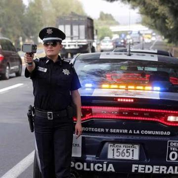 Continúan operativos en carreteras del país para regreso vacacional